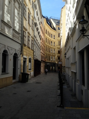 narrow Vienna streets