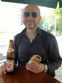 wurst + beer = happy Dave