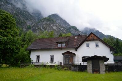 Salzburg to Vienna via Hallstatt